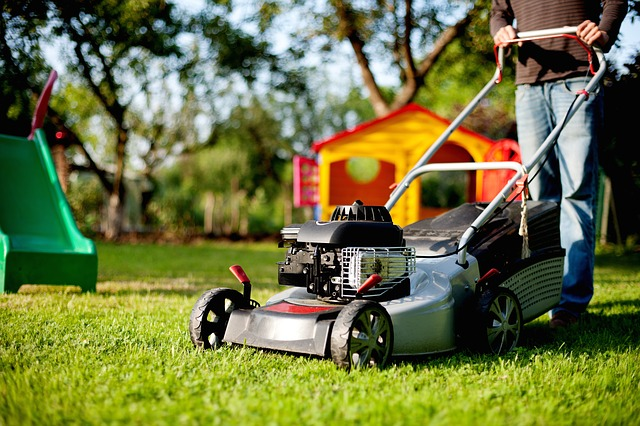 type-of-lawn-care-tools